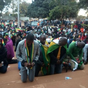 prayer_zimbabwe_harare