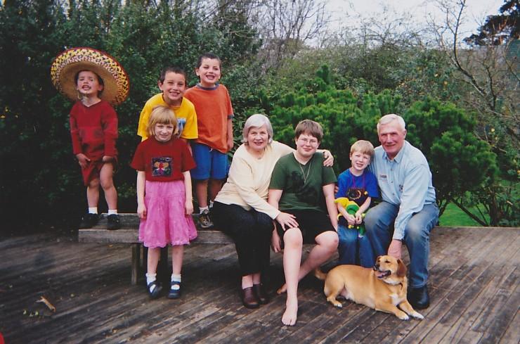 2006 Deck Pix Grandparents and Grandkids